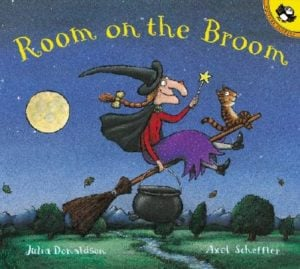 Room-on-the-Broom-Donaldson-Julia-9780142501122